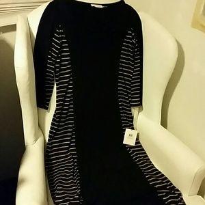 NWT. Calvin Klein Black Maxi Dress. 10